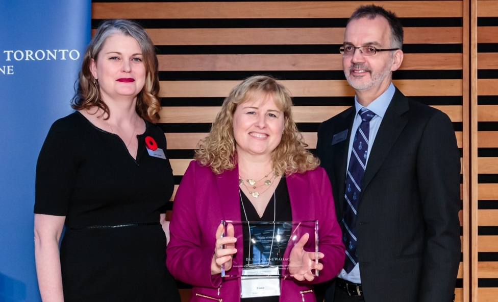 Alumna Fiona Wallace, 2016 Volunteer Award Winner, with Dean Trevor Young and Julie Lafford